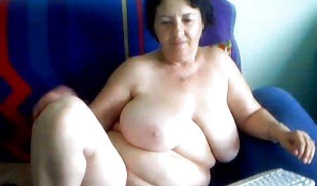 Mamá le encanta chupar la polla videos amateur señoras